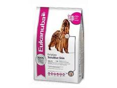 obrázek Eukanuba Dog  DC Sensitive Skin 12kg